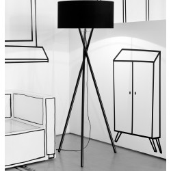 Biała lub czarna lampa podłogowa Hampton - It's About RoMi
