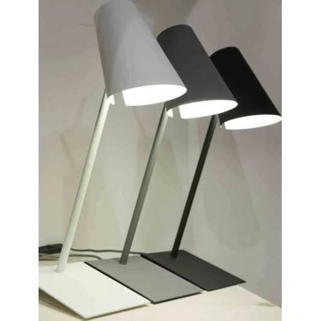 Oryginalna lampka biurkowa CARDIFF w trzech kolorach - It's About RoMi