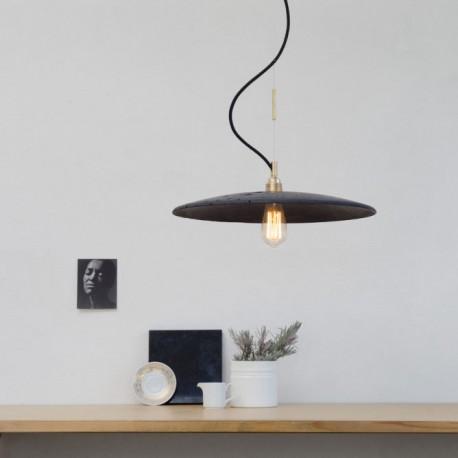 Betonowa lampa industrialna