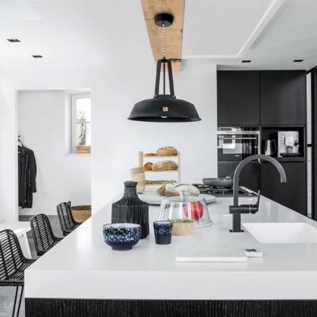Industrialna-lampa-do-salonu-loftowego