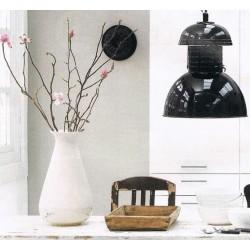 Czarna lampa industrialna Warehouse M - HK Living