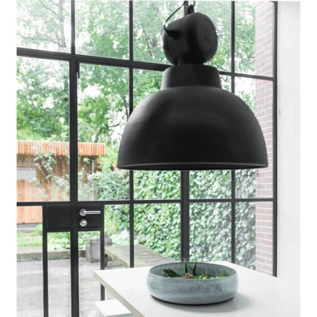 Czarna lampa wisząca Factory L (matowa) - HK Living
