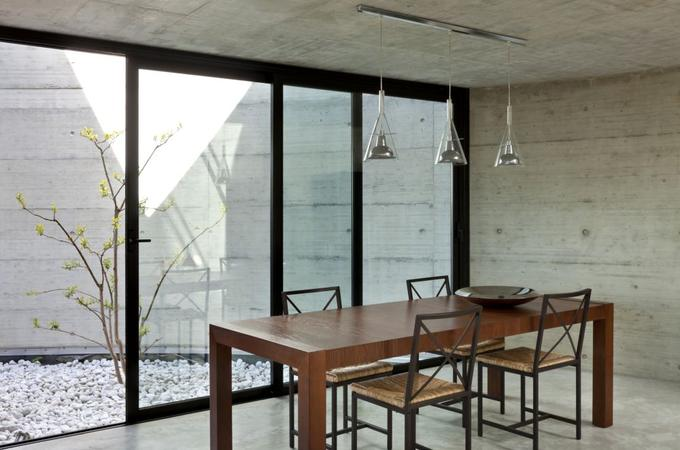 beton-na-scianie-jadalnia_1370172