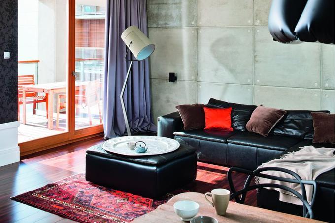 sciana-z-betonu-salon_1337386