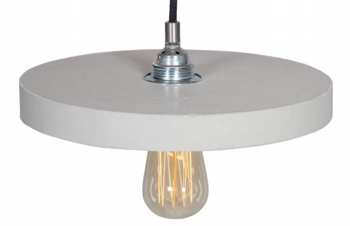 Lampa z naturalnego betonu